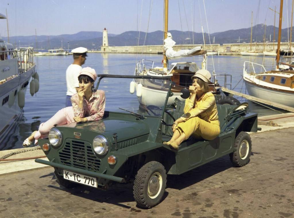 A primeira versão civil do Mini Moke